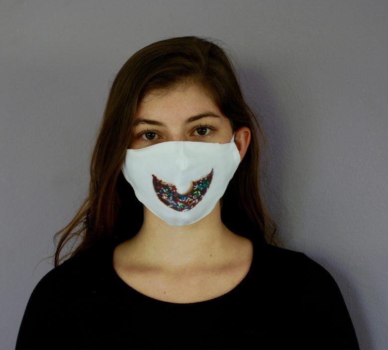 """Smile"" Doughnut Mask"